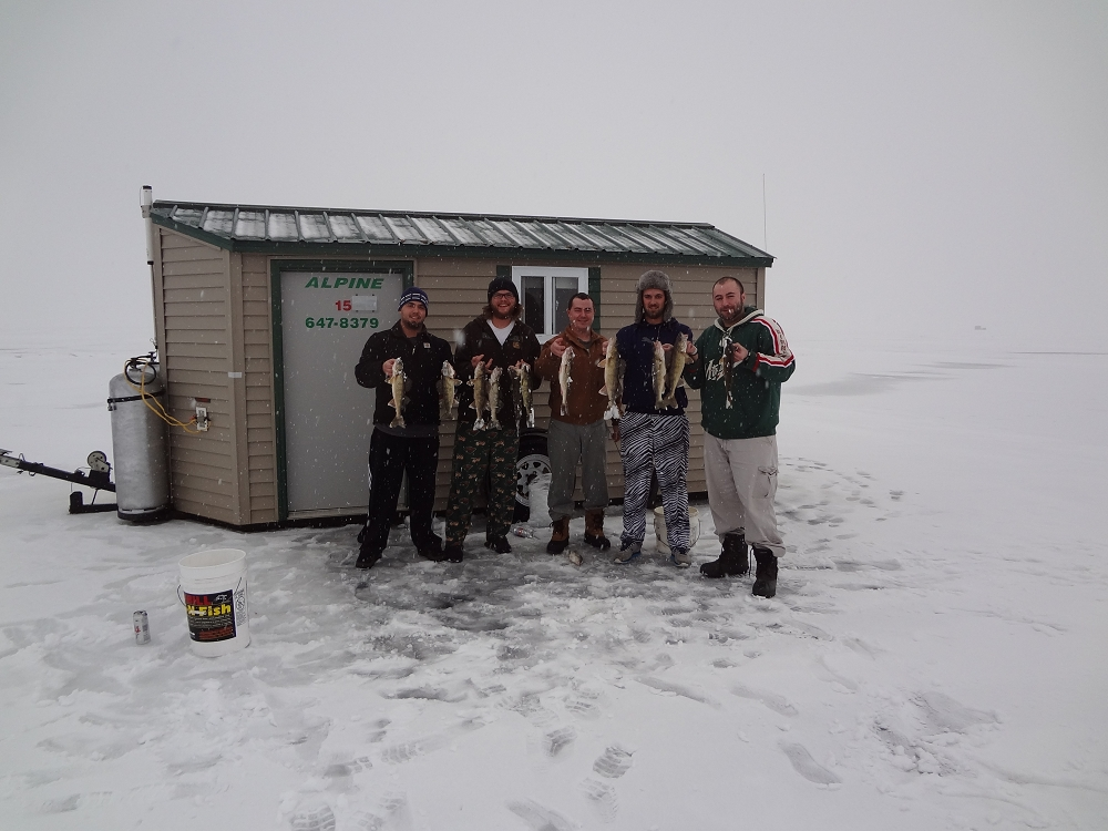 red lake ice fishing house rentals ice fishing houses on